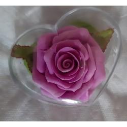 Rosa en cajita corazón